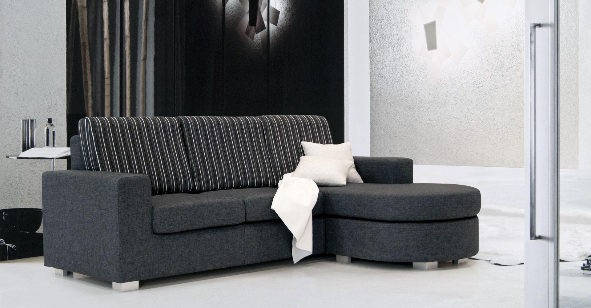 Divani usati great divani usati genova images divani for Divani usati milano